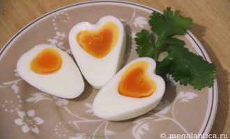 как сварить яйцо-сердечко