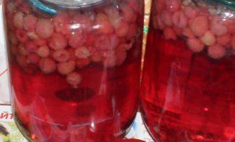 Как приготовить компот из малины - рецепт с фото