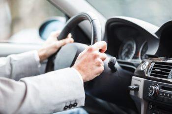 Как выбрать автомобиль начинающему водителю