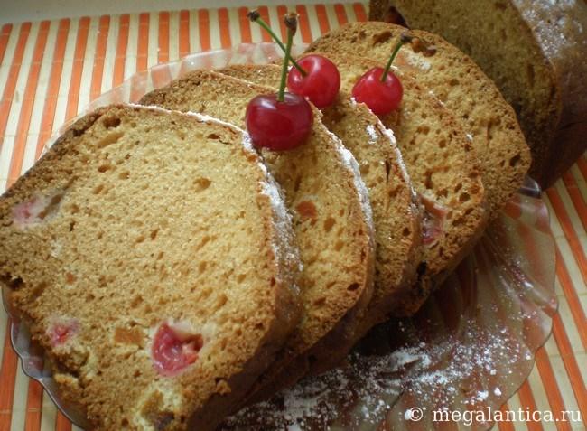 Как приготовить сметанный кекс с вишней и курагой - рецепт с фото