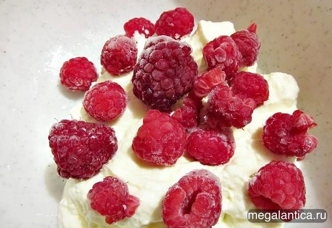 Как приготовить малиновое мороженое - рецепт с фото