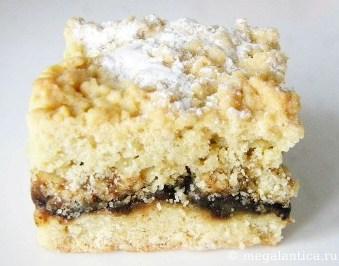 Тертый пирог с вишневой начинкой - рецепт с фото