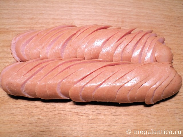 Как приготовить омлет с сосиской — рецепт с фото.