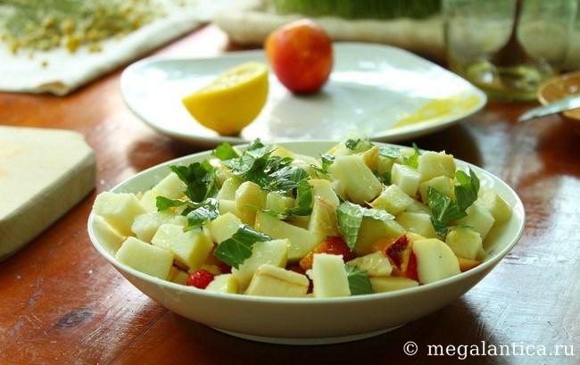 Как приготовить вкусный фруктовый салат - рецепт с фото.