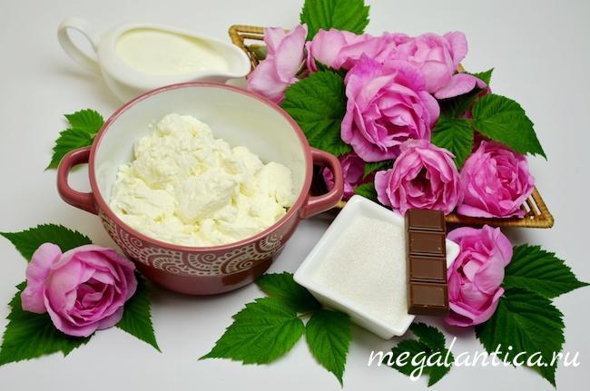 Творожный десерт с джемом из чайной розы