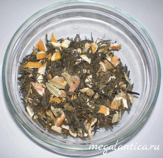 Зеленый чай с лимоном и пряностями